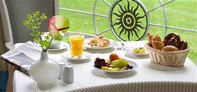 https://www.spahotel-sonnenhof.de/andsrv/content/files/Brunch.618.jpg