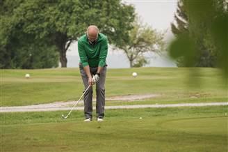 Mit Konzentration beim Franz Roth Golf CUP in Türkheim