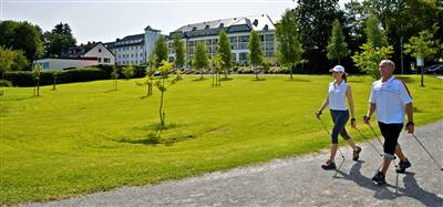 https://www.spahotel-sonnenhof.de/andsrv/content/files/Header_Nordic_Walking.936.jpg